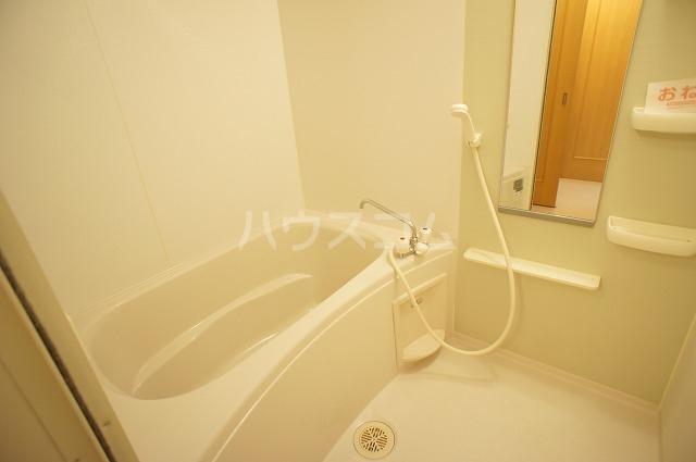 コンフォートB 01010号室の風呂