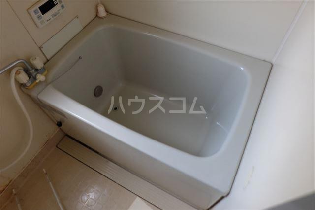 ハピネス・ラフィーネ A 102号室の風呂