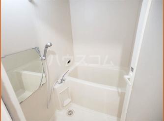 フローラ大塚壱番館 102号室の風呂