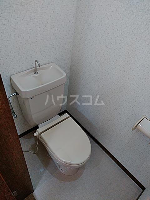 グランドールA 201号室のトイレ