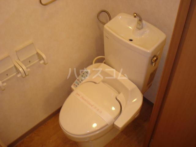 メゾン・ドゥ・ナミA 205号室のトイレ