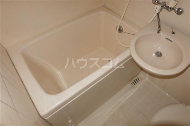 ユリーズプラザ 103号室の風呂