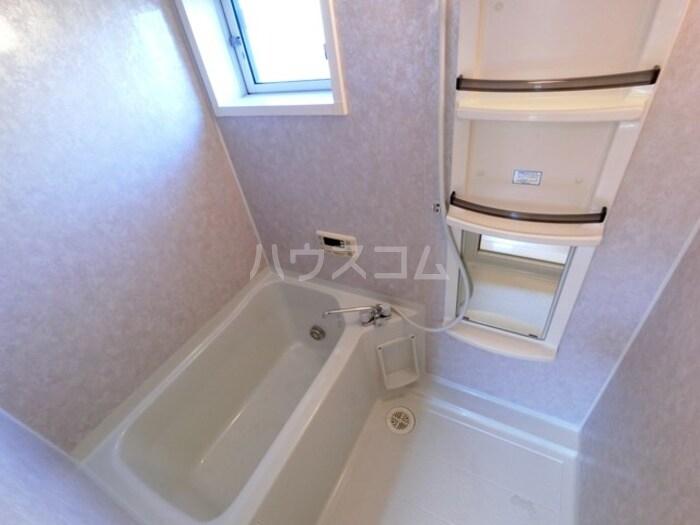 ライネスハイムC 102号室の風呂