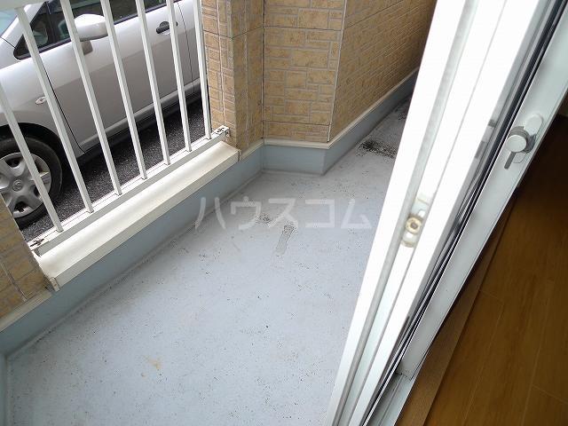 ア・ラ・モードエム 01010号室のバルコニー