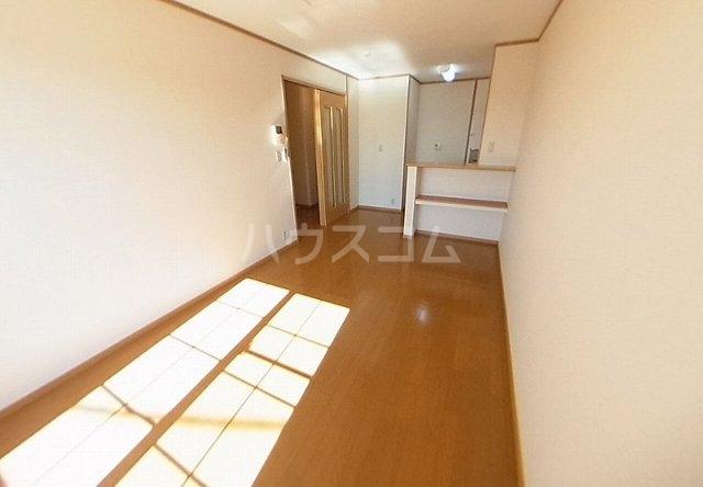 アヴニールⅣ 02020号室のリビング