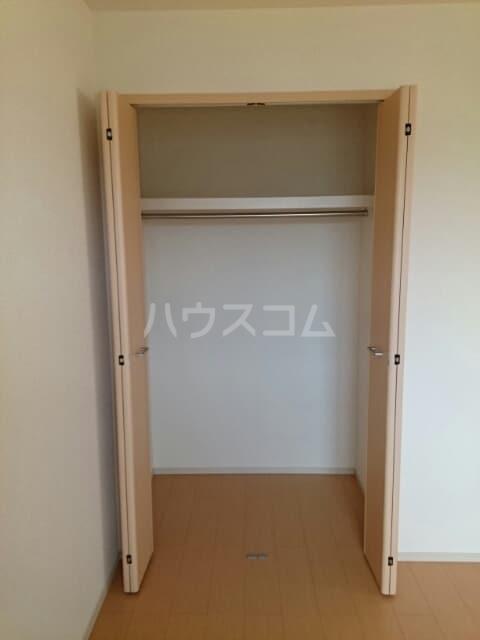 ドゥマン クレールⅠ 02010号室の収納