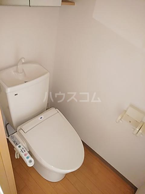 ペティハウスSelene 205号室のトイレ