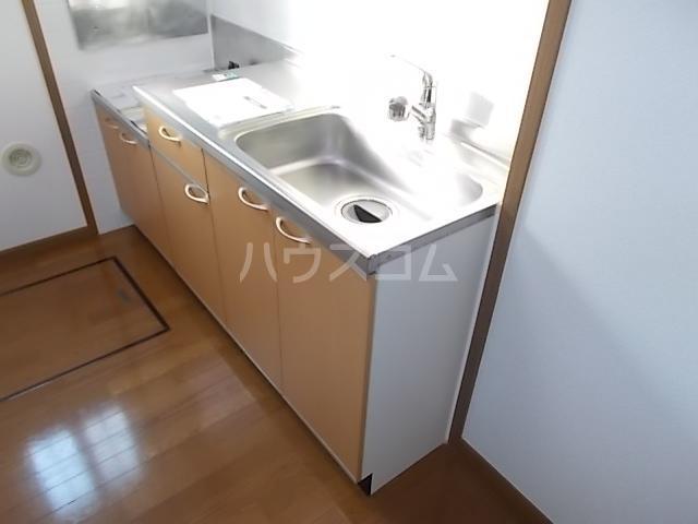 カーサ ラウレールⅠ 01020号室のキッチン