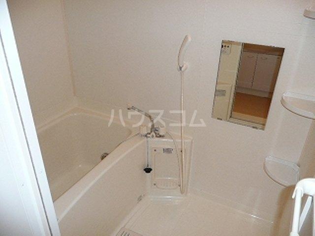 カーサ ラウレールⅠ 01020号室の風呂