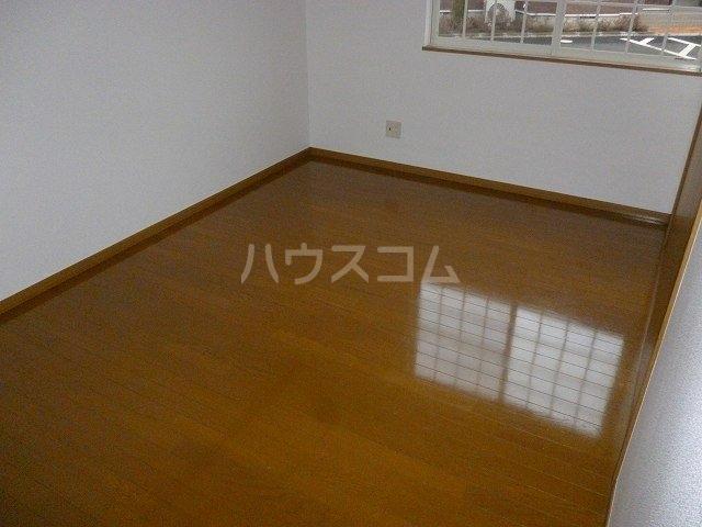 ヴィラ サンライズ ドリームⅠ 01020号室の居室