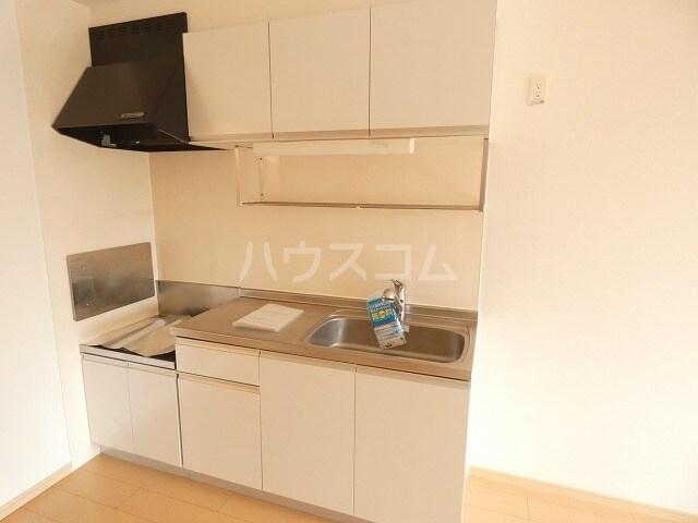シャルロット Ⅰ 02010号室のキッチン