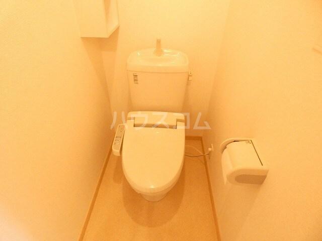 シャルロット Ⅰ 02010号室のトイレ