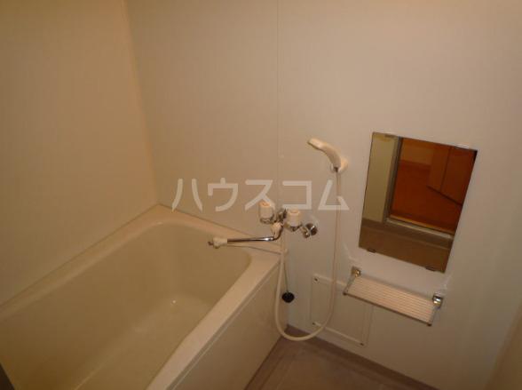 ポートサーパス 02040号室の風呂
