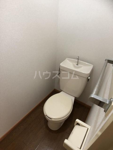 シーズ桜B 01010号室のトイレ