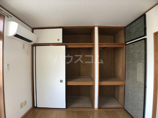 シーズ桜B 01010号室の収納