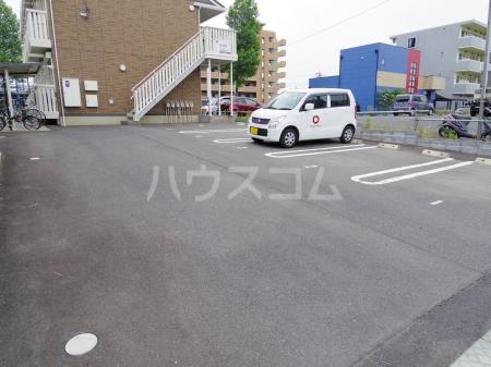 D-Room KASUGA 101号室の駐車場