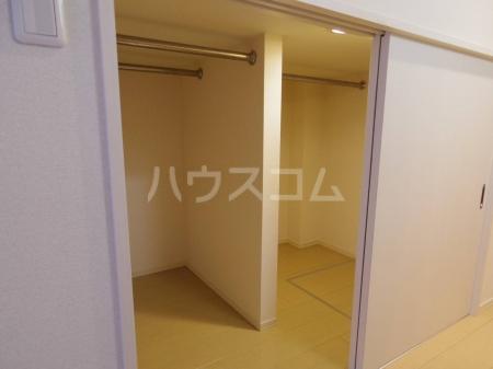 D-Room KASUGA 101号室の収納