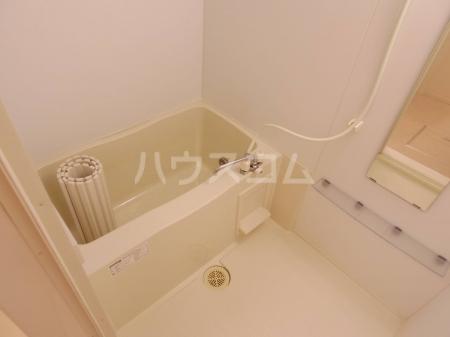 グランドソレーユ.Y 102号室の風呂