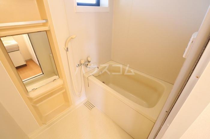 セジュールAI 202号室の風呂
