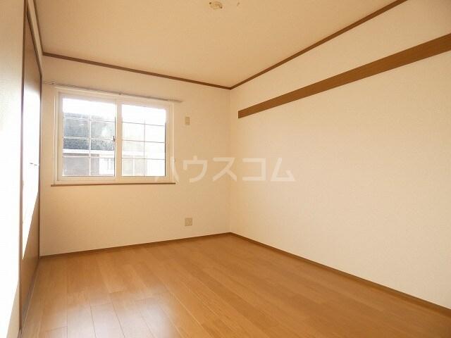 ピュアハウスⅠ 02020号室のリビング
