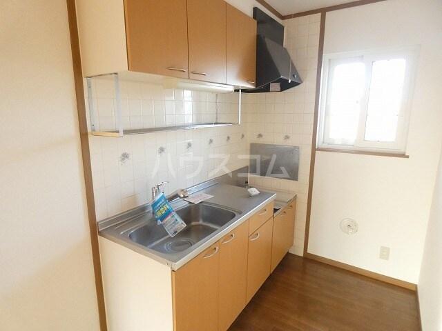 ピュアハウスⅠ 02020号室のキッチン