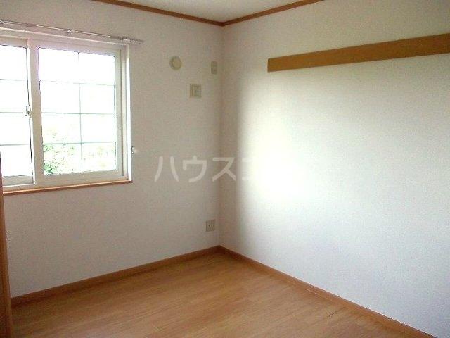 ア・ラ・モード エムⅡ 01040号室の居室