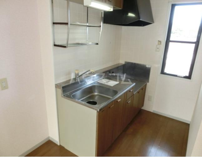 セジュール東台B 103号室のキッチン