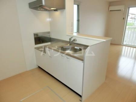 サニーヒル 105号室のキッチン