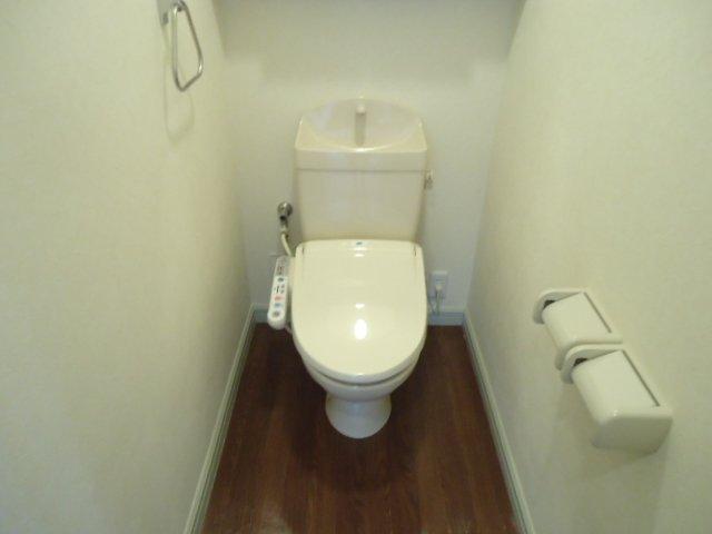 ブレス・コート 101号室のトイレ