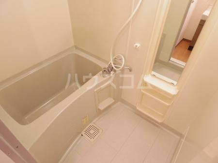 アバンウェル天久保 110号室の風呂