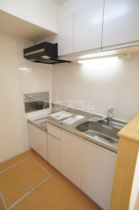 K's・リーフ 01010号室のキッチン