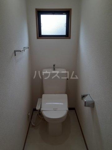 エルクレール D 102号室の居室