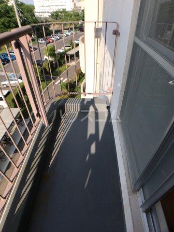戸頭第一住宅12号棟 402号室のバルコニー
