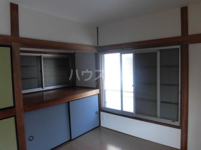 青柳ラハス貸家の居室