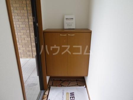 セントフォーラム 203号室の玄関