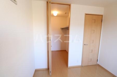 グラン・コンフォール 303号室の居室