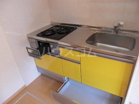 シャルマンⅢ F 102号室のキッチン