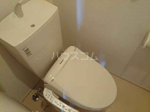 メゾン・ルーチェ Ⅰ 02030号室のトイレ