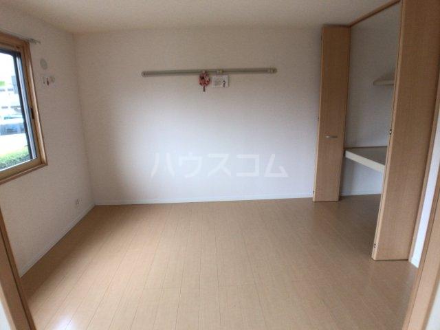 エスペランサA 102号室のベッドルーム