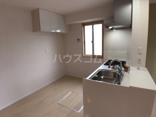 エスペランサA 102号室のキッチン