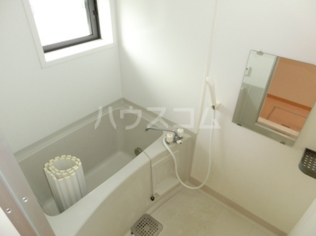 エバーグリーンハイツ Ⅲ 102号室の風呂