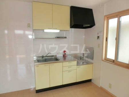 ボヌールB 202号室のキッチン