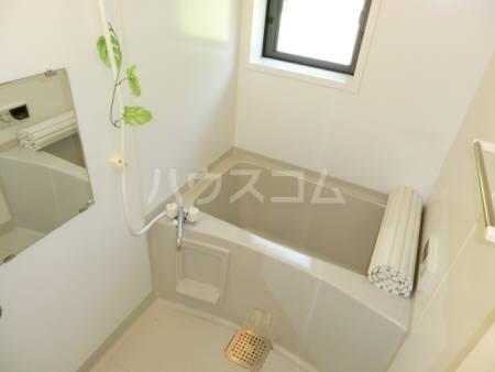 ボヌールB 202号室の風呂