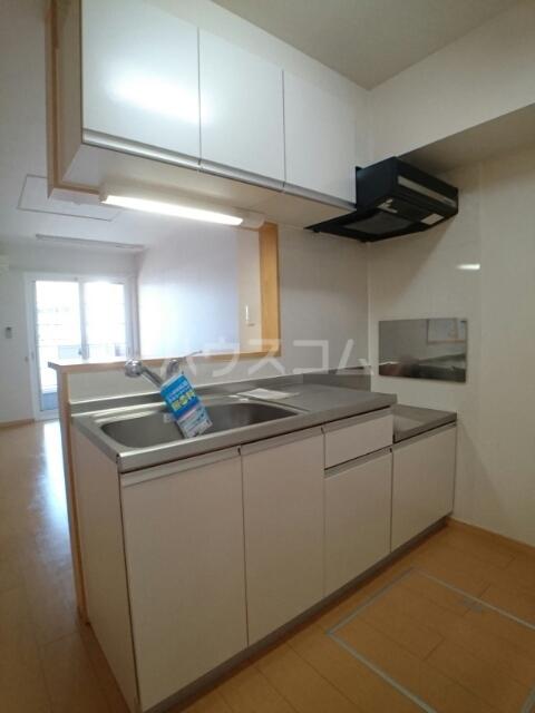 プリムローズ 01030号室のキッチン