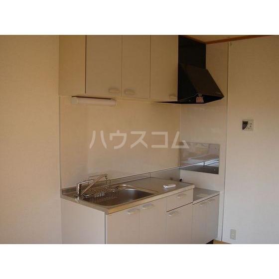 ベルヴェデール 105号室のキッチン