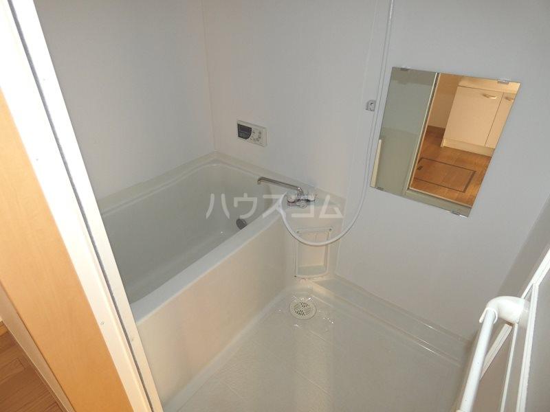 ベルヴェデール 105号室の風呂