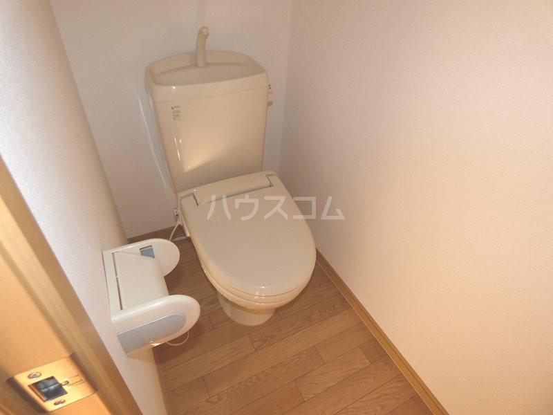 ベルヴェデール 105号室のトイレ