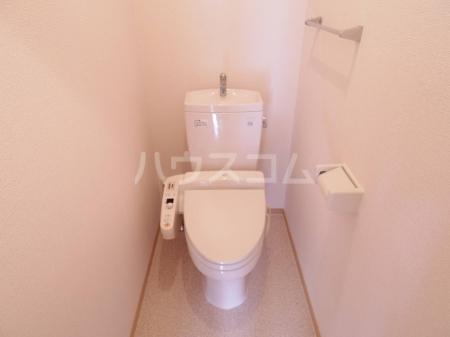グランドソレイユ A 102号室のトイレ