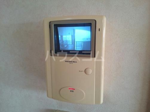 ボヌールフォンテーヌ 03010号室の居室