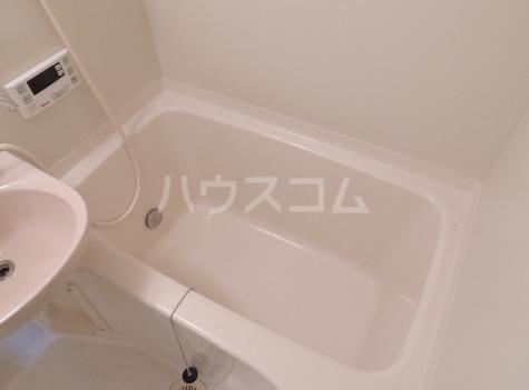 サンプレイス 02030号室の風呂
